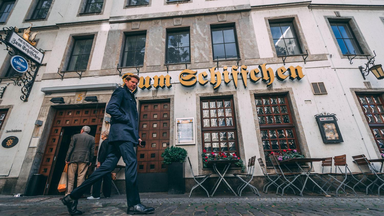 Zum Schiffchen — самый старый пивной ресторан в Дюссельдорфе
